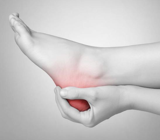 איך להיפטר מהכאב של דורבן ברגל